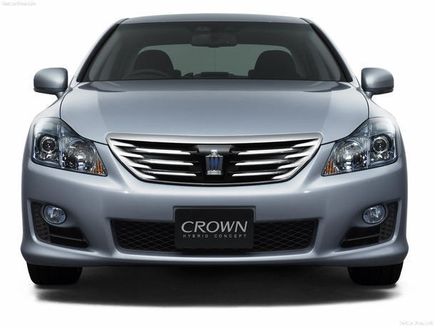 Toyota Crown: 08 фото