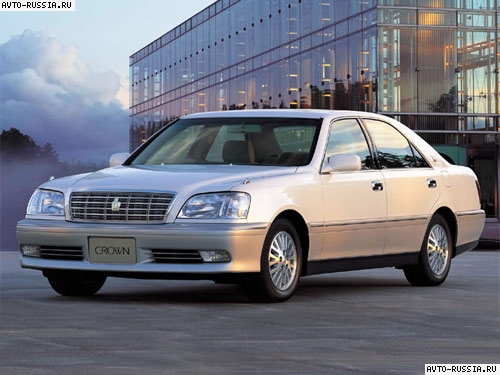 Toyota Crown: 11 фото