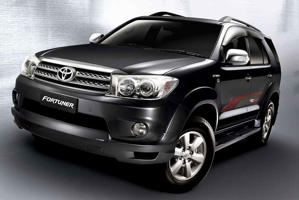 Toyota Fortuner: 1 фото