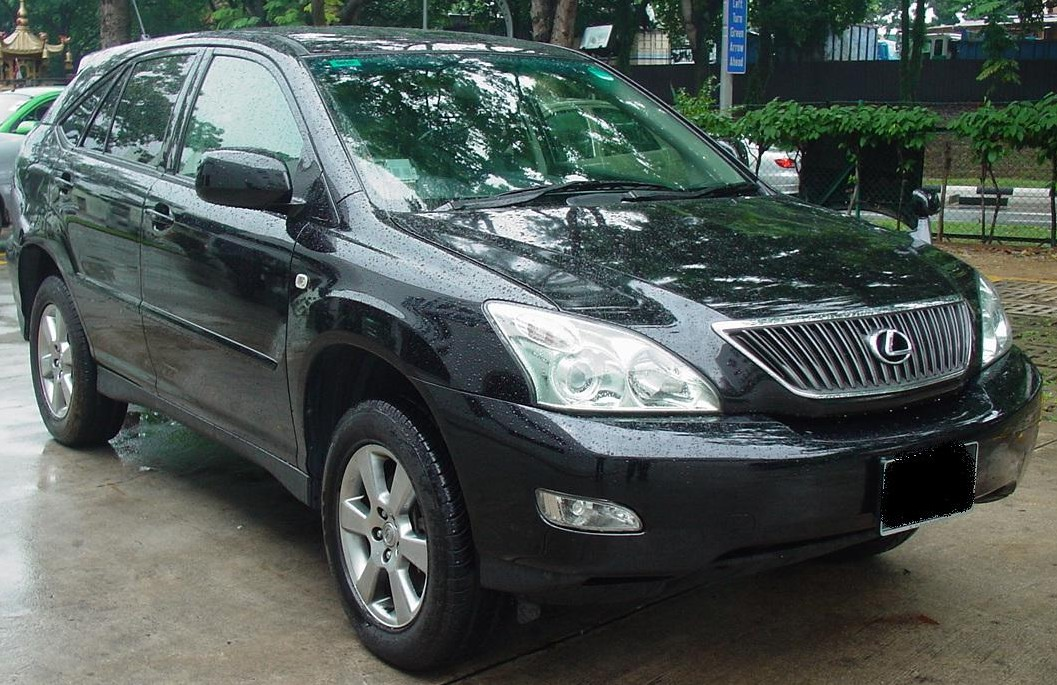 Toyota Harrier: 08 фото