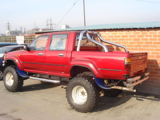 Toyota Hilux Pick Up: 02 фото