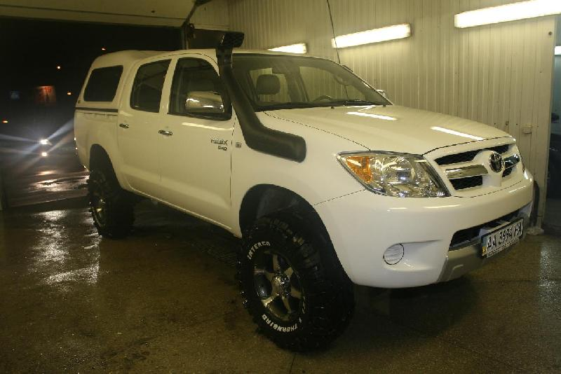 Toyota Hilux Pick Up: 07 фото