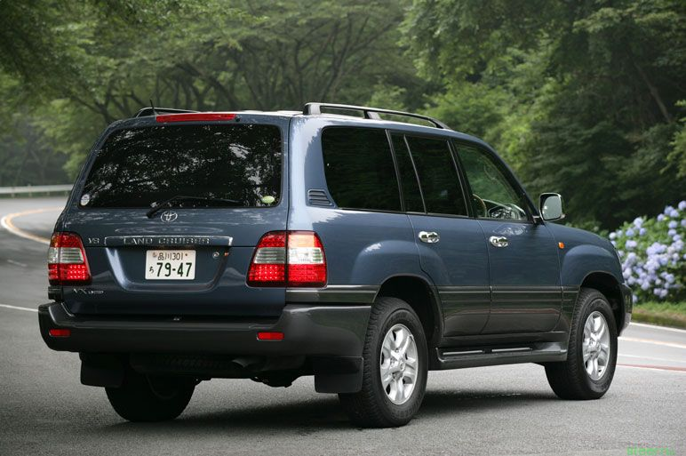 Toyota Land Cruiser 100: 5 фото