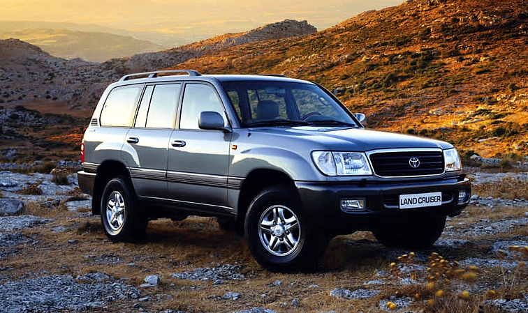 Toyota Land Cruiser 100: 07 фото