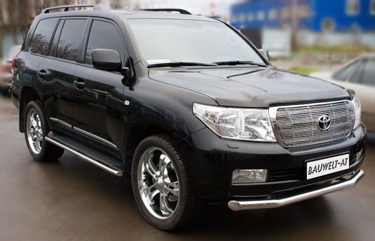 Toyota Land Cruiser 200: 09 фото