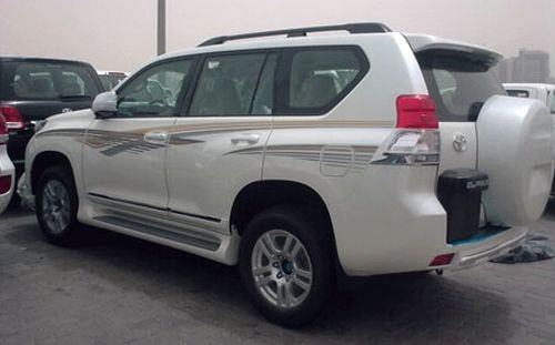 Toyota Land Cruiser Prado: 9 фото