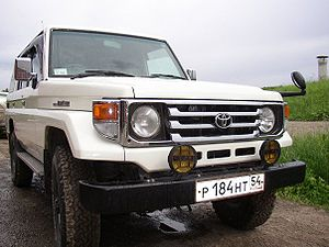 Toyota Land Cruiser: 01 фото