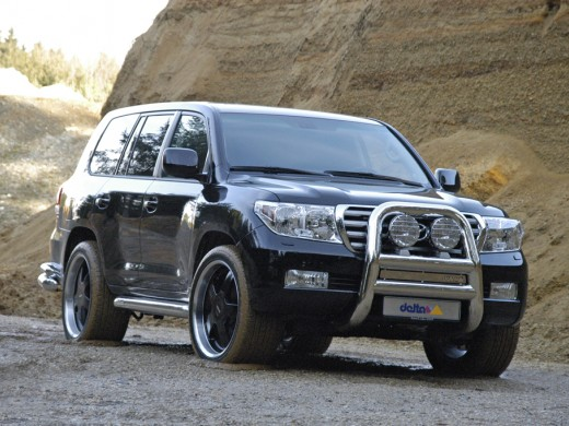 Toyota Land Cruiser: 04 фото