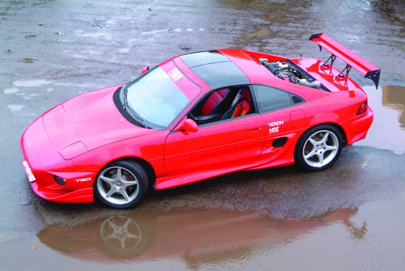 Toyota MR 2: 9 фото