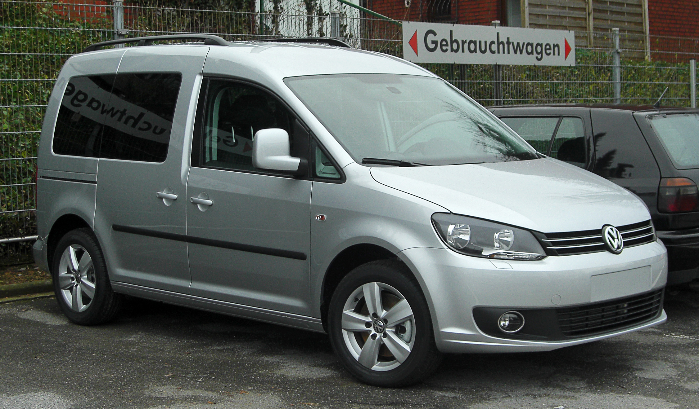 Volkswagen Caddy II: 05 фото