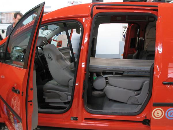 Volkswagen Caddy: 01 фото