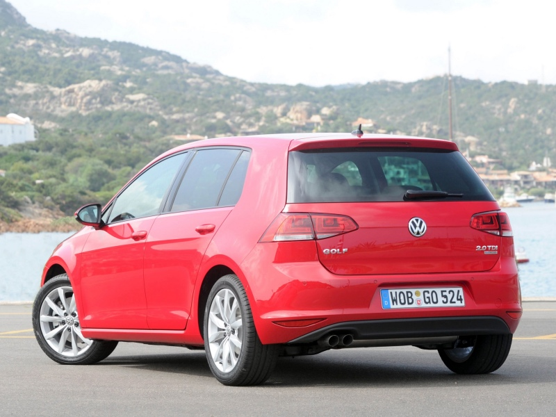 Volkswagen golf bluemotion: 09 фото
