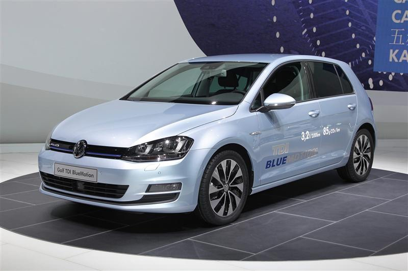 Volkswagen golf bluemotion: 11 фото