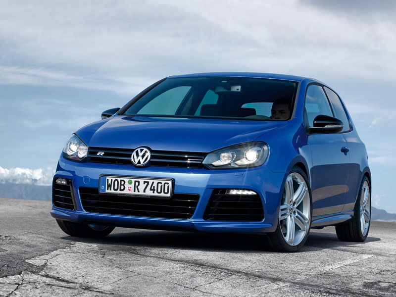 Volkswagen Golf R 3-door: 02 фото