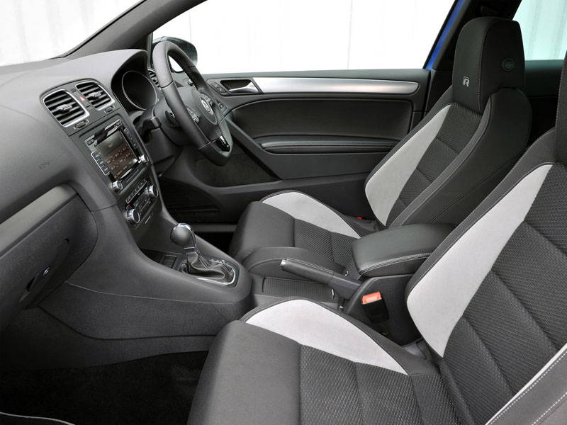 Volkswagen Golf R 3-door: 07 фото