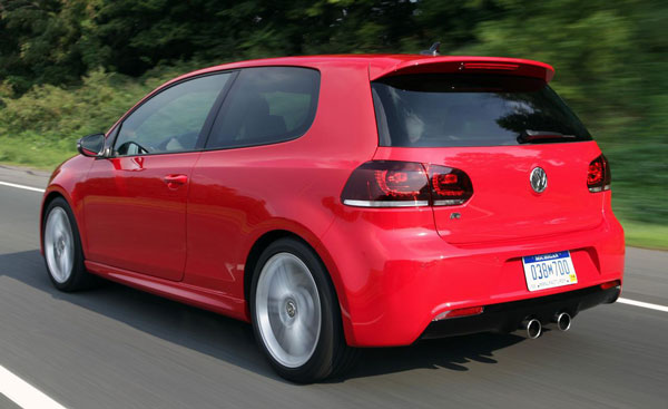 Volkswagen Golf R 3-door: 08 фото