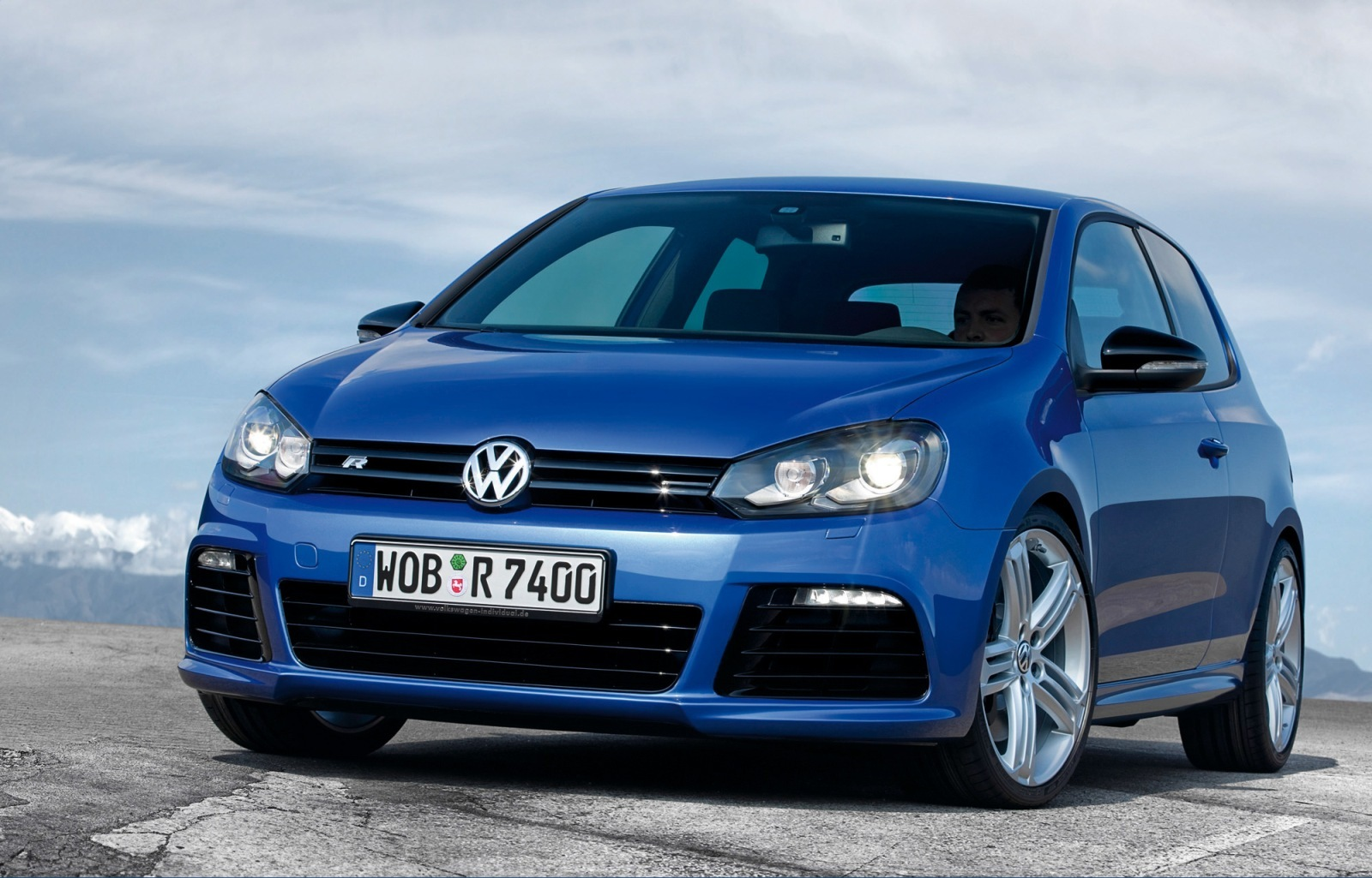 Volkswagen Golf R: 06 фото