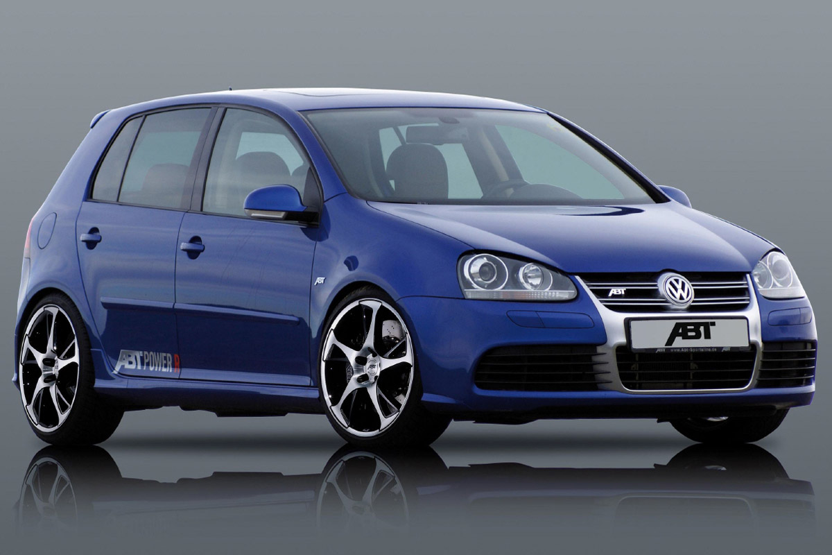 Volkswagen Golf R: 11 фото