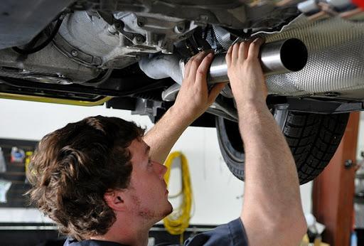 Правила проведения ремонта выхлопной системы автомобиля | Мир автомобилей